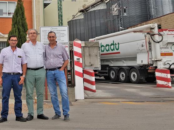 Eduardo Arroyo, Rafael Sánchez y Justino Medrano en las instalaciones de COBADU.